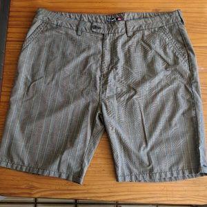 Quiksilver Plaid Khaki Mens Shorts Size 44
